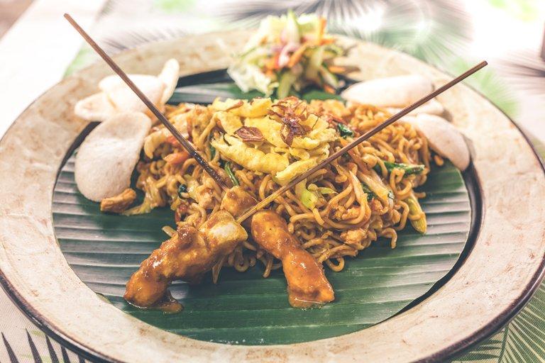Mie goreng - plato típico de comida tradicional en Bali